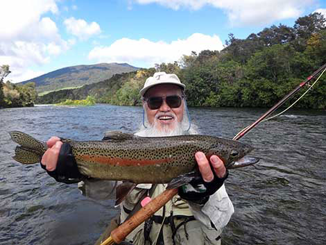 Mitsuo  stayed at the Creel Lodge in Turangi  and spent the morning fly fishing the Tongariro river fishing dry flies, this was his first trout fishing trip to new zealand fly fishing.