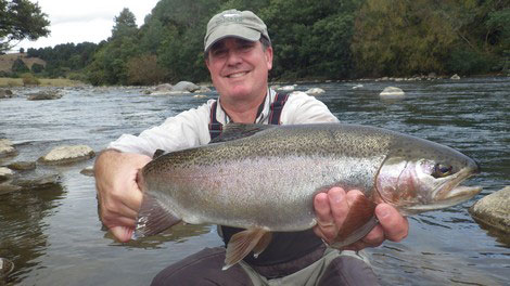 Tongariro river Turangi New Zealand, Rainbow trout